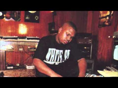 Intro-DJ Screw (ft. Fat Pat)