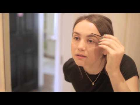 Maude Apatow's Morning Routine