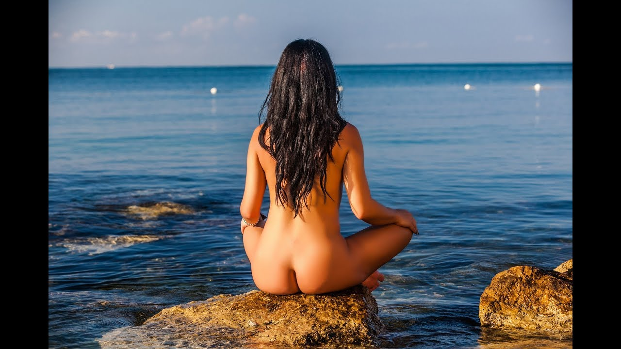 INSIDE A NUDIST SEX RESORT: A sexy travel story!