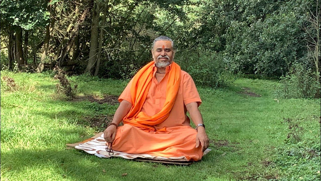 Param Pujya Gurudev Bapji Shree Purushottam Maas Katha London UK Day 2