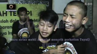 Download Video Ngakak, interogasi lucu tuyul dan boss nya - By team Rumah Ghoib SKW-RG MP3 3GP MP4