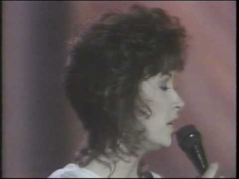 Star Search - Linda Eder singing
