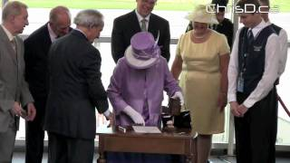 Queen Elizabeth II Arrives - July 3, 2010 - Winnipeg, Manitoba