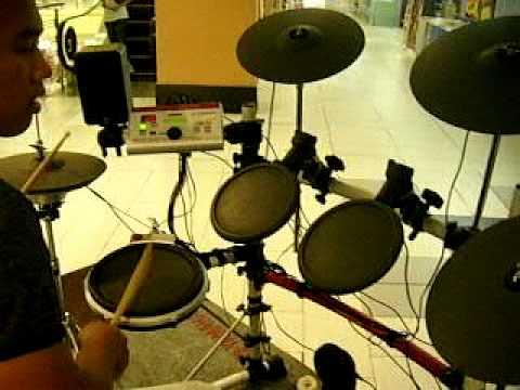 drum solo (ลองเสียงกลองไฟฟ้า yamaha) www.hatyaidrum.com