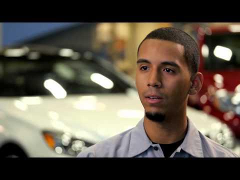 UTI Graduate and Mercedes-Benz Technician - De'Aire Wright