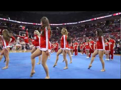 Ohio State Cheerleaders and Dance Team