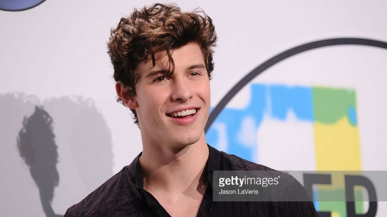 cameron dallas haircut shawn mendes haircut breakdown ama s haircut of shawn 9948