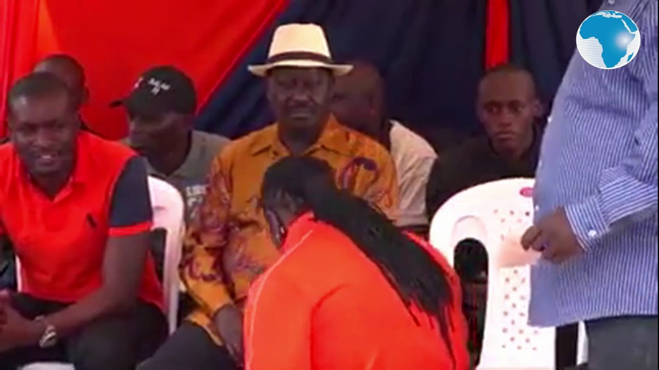 Image result for kriss darlin knelt down for raila