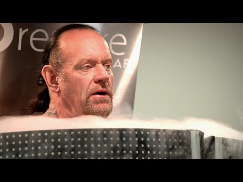 Undertaker Literally Chills His Bones With Cryotherapy: Undertaker: The Last Ride Extra