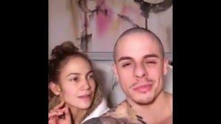 Jennifer López sin maquillar y su novio cantando