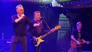 The Undertones - It's Going to Happen, Live @ Paradiso Amsterdam, 20-09-2018