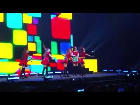 Red Velvet - Huff n Puff Concert in Prague 151204