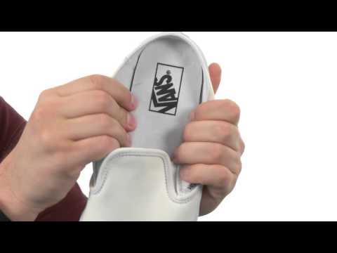vans-classic-slip-on™-mule-sku:8643744