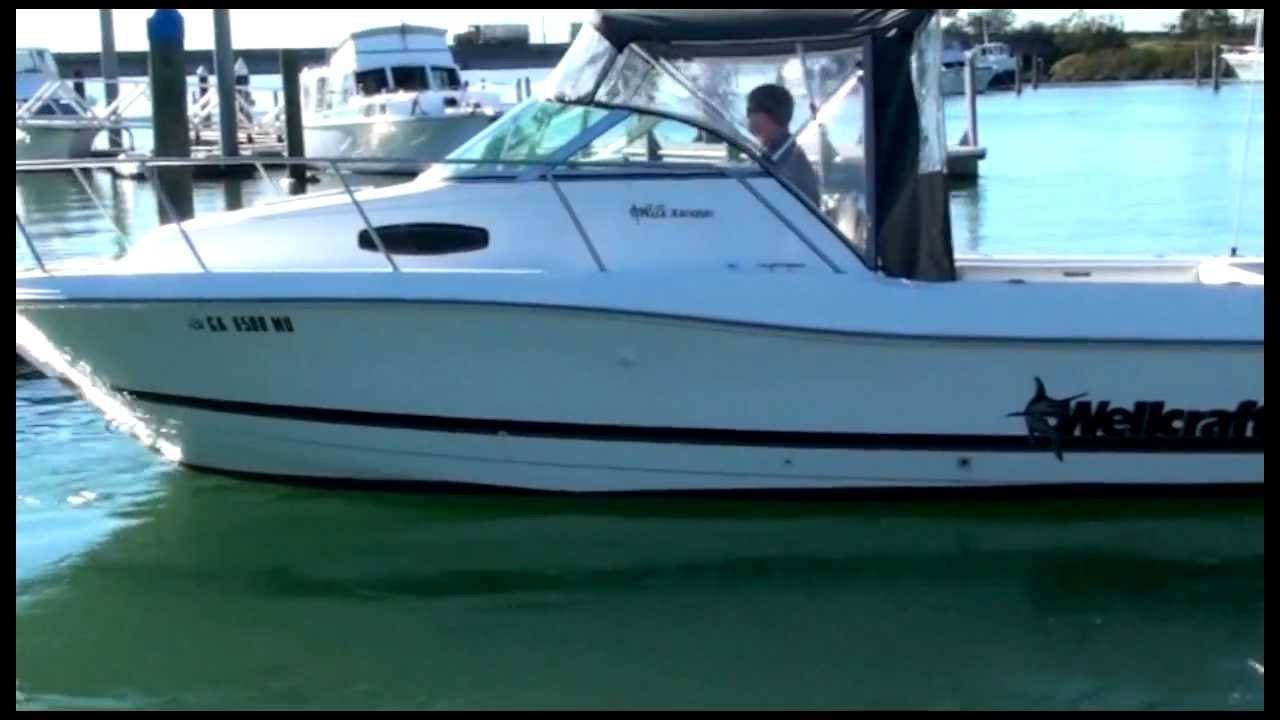 Wellcraft 24 ft Walkaround 200HP