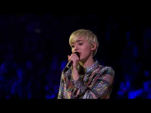Miley Cyrus - Love Is Like A Butterfly (Dolly Parton Cover)
