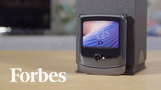 "Testing The Razr 5g: Motorola Sees No ""Additional Benefit"" To Samsung's Flexible Glass 