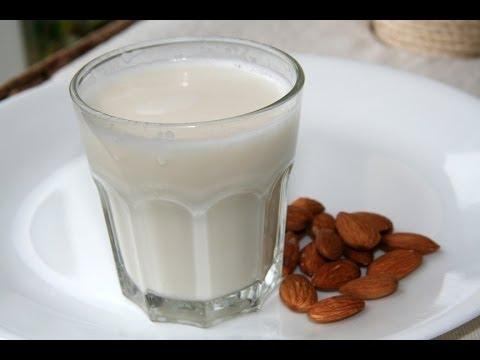 Πώς να φτιάξεις Σπιτικό Γάλα Αμυγδάλου ~ Almond Milk
