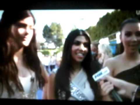 Kardashian Sisters @ Teen Choice Awards 2010