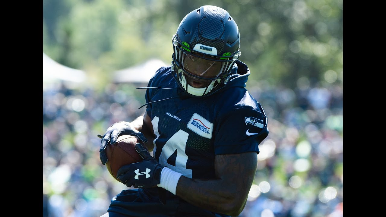 TNT's Gregg Bell on cornerbacks finally stopping DK Metcalf, more from Seahawks preseason day 15