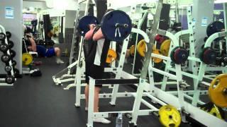 45 Squats 100kgs - Matt