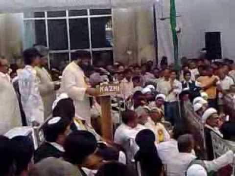 Maulana Kalbe Rushaid Sb addressing the Shia Maha Sammelan at Bara Imambara, Lucknow on 6th May 2012