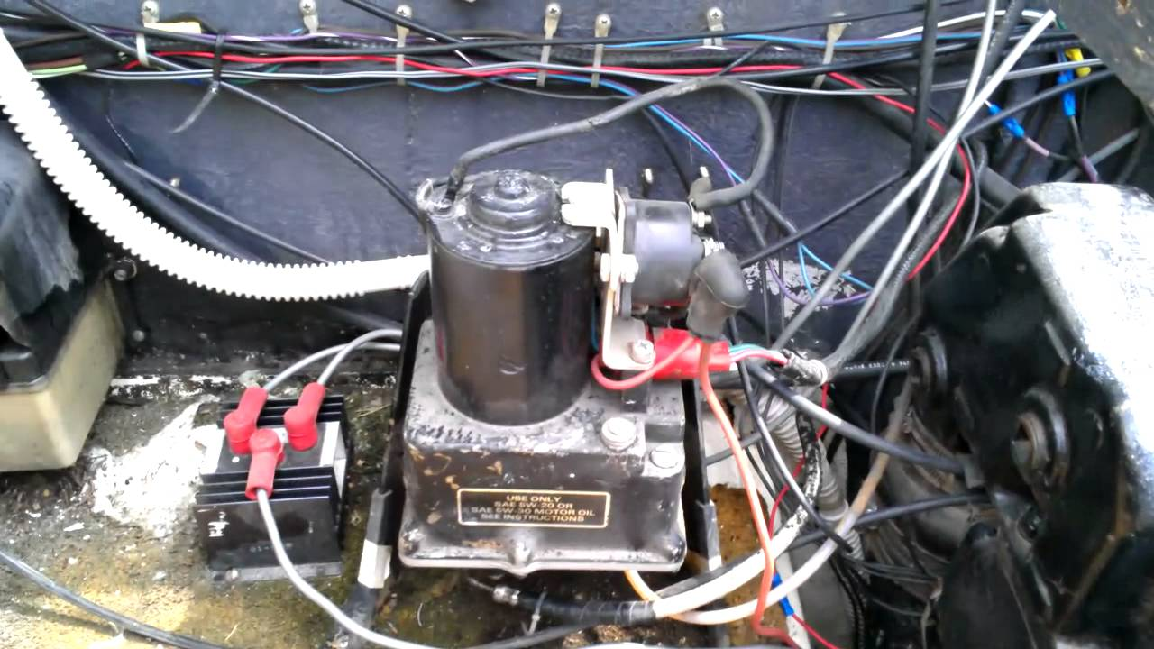 Boat Restoration 1976 Sea Ray A Tip For Raising Power Trim Youtube Mercruiser Electrical System Wiring Diagrams