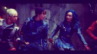 "Chillin' Like a Villain- SUB ESPAÑOL (From ""Descendants 2"")"