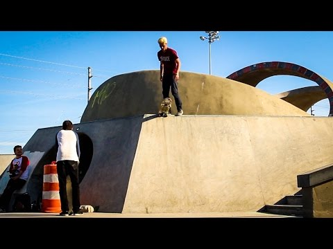 Biggest Skatepark!  Middle Of Nowhere