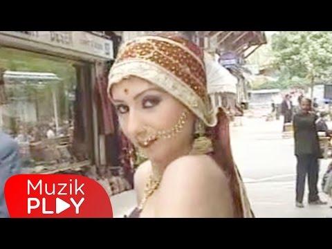 Müjde - Başıma Belamısın (Official Video)