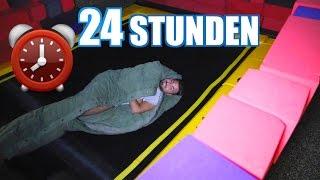 24 STUNDEN ÜBERNACHT IM TRAMPOLIN PARK GEFANGEN! | FaxxenTV