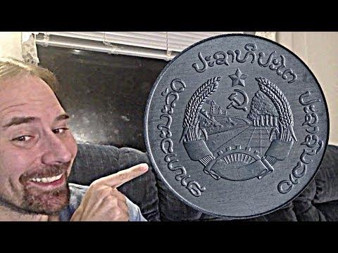 Laos 10 Att 1980 coin