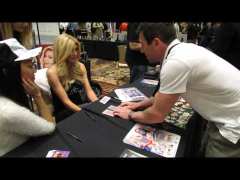 Brande Roderick of Celebrity Apprentice & Candace Kita watch magic tricks from Dan Cunliffe II