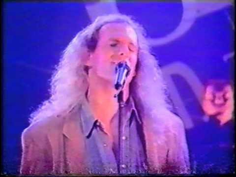 Michael Bolton - Lean On Me (live on TOTP, 1994)