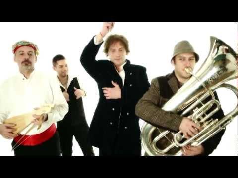 KEKEREKE (CUCAJ MALA) - TONCI HULJIC & MADRE BADESSA /CROATIAN RHAPSODY/