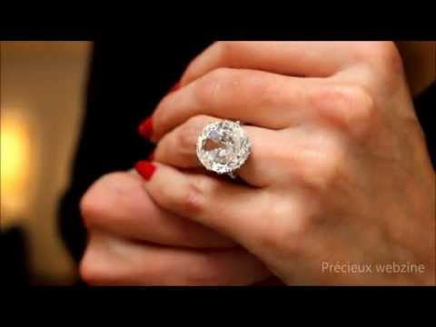 diamond ring featuring a 10 42 carats diamond youtube. Black Bedroom Furniture Sets. Home Design Ideas