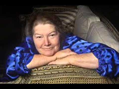 Colleen McCullough, The Thorn Birds author, dies at 77 : 24/7 News Online