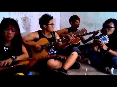 INUL DARATISTA MASA LALU(acoustic cover)