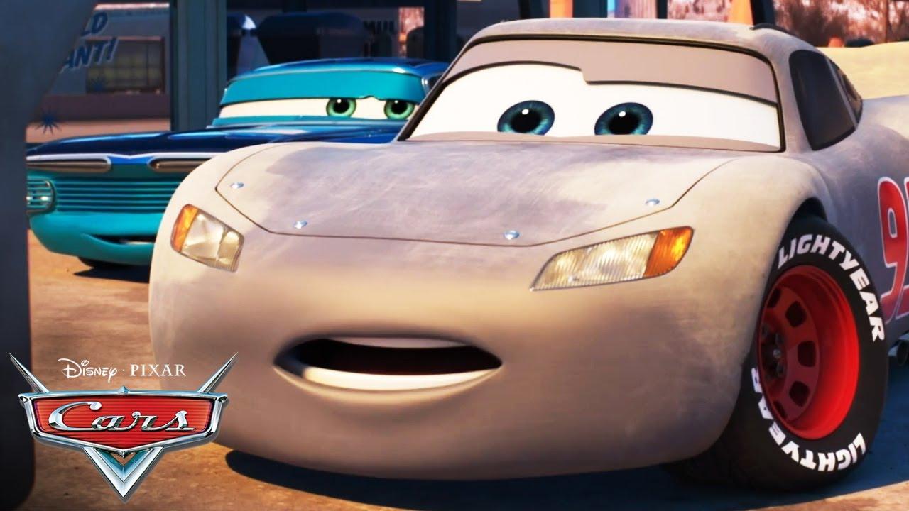 ¡McQueen Hace su Gran Regreso!   Pixar Cars
