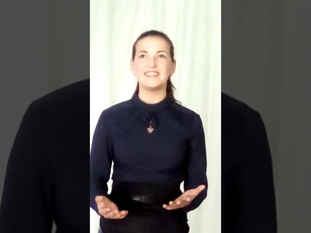 Изображение предпросмотра прочтения – ЮлияВишневская читает произведение «Она сидела наполу…» Ф.И.Тютчева