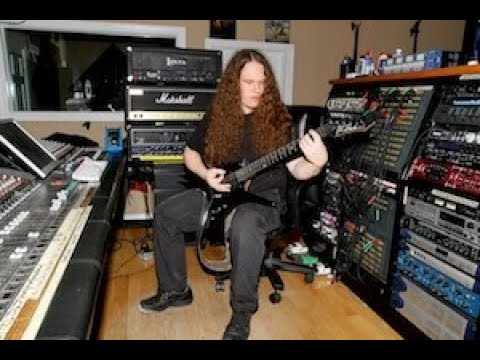 Erik Rutan playing guitar