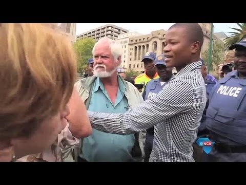 Watch: Race tensions rise at Paul Kruger statue