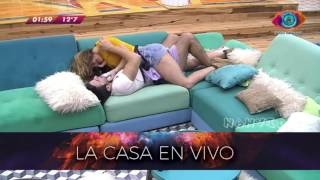 """Yas y Pato - GH16 - """"Love me like you do"""""""