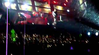 muse intro and uprising live at wembley 2010