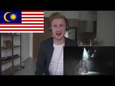 Whitney Houston & Dato' Siti Nurhaliza - Memories | Official Music Video // MALAYSIAN MUSIC REACTION