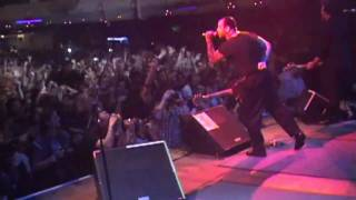 Social Distortion - Road Zombie & Dont Drag Me Down Live!