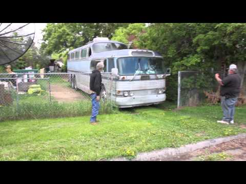 Moving  Scenicruiser 472 to a new home