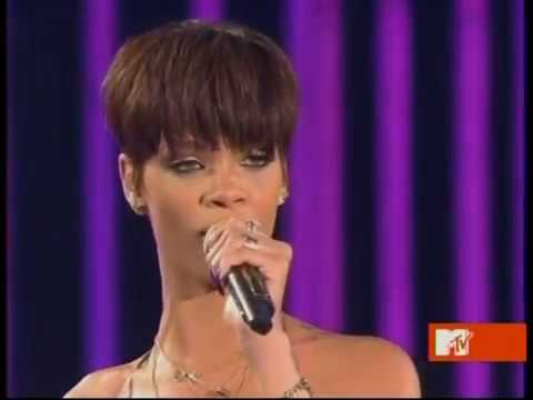Rihanna Live - Take A Bow