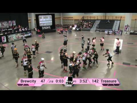 Brewcity Bruisers v Treasure Valley Roller Girls: 2013 WFTDA D2 Playoffs in Des Moines