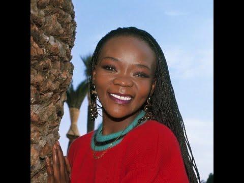 Brenda Fassie - Ngizililahlela Kuwe