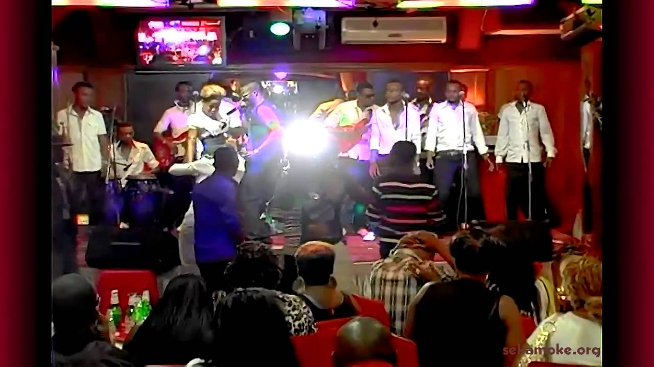 Africa hd live in one click congo fally ipupa with - Chaise electrique fally ipupa ...